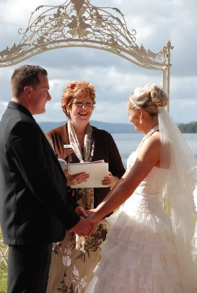 Glenda from Coastal Celebrations conducting a wedding ceremony